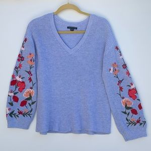 American Eagle embroidered bubble sleeve sweater